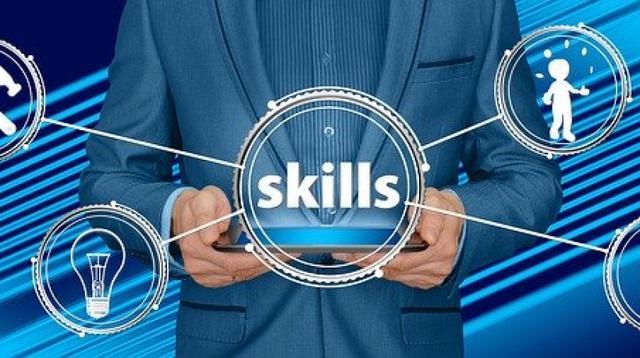Implementare la professionalità: formazione al modello ESPoR